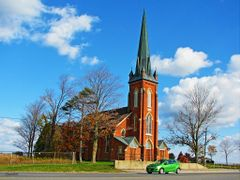 CLAUDE PRESBYTERIAN CHURCH by <b>LourdesC</b> ( a Panoramio image )