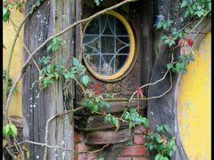 a window by <b>Lana Kuznetsova</b> ( a Panoramio image )