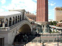 Las Vegas – Venice  by <b>Ibolya I</b> ( a Panoramio image )