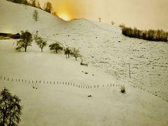 1. Schneeschuhtrekking Bild 2,                                   by <b>Ruedi ?(?o?)</b> ( a Panoramio image )