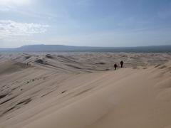 Khongoryn Els sand dunes by <b>Boris Jindra</b> ( a Panoramio image )