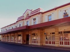 Rail Station - Port Augusta, South Australia by <b>nipper30</b> ( a Panoramio image )