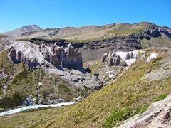 """Vista del """"Cajon y del rio Maule""""  """"Cordillera de los Andes"""" des by <b>Omar Gobbi</b> ( a Panoramio image )"""