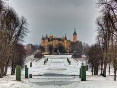 ? der  Schweriner Schlosspark  im Winter ? by <b>J. Radtke</b> ( a Panoramio image )
