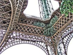 La Tour Eiffel, Paris by <b>Lloret</b> ( a Panoramio image )