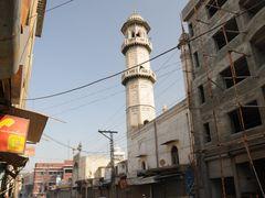 Peshawar Mahabat Khan Mosque by <b>JanGasior</b> ( a Panoramio image )