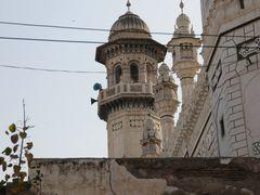 Peshawar Mahabat Khan Mosque 2 by <b>JanGasior</b> ( a Panoramio image )
