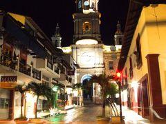 Nocturna de la Parroquia de Nuestra Senora de Guadalupe, Puerto  by <b>? ? galloelprimo ? ?</b> ( a Panoramio image )