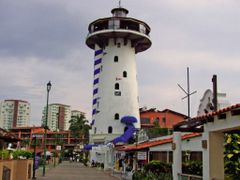 El Faro Lighthouse Bar, Marina Vallarta, Puerto Vallarta, Mexico by <b>? ? galloelprimo ? ?</b> ( a Panoramio image )