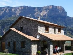 Casa  imposible en Baros by <b>Jarlata</b> ( a Panoramio image )