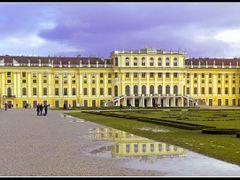 Vienna, Schonbrunn Palace by <b>&ri.co</b> ( a Panoramio image )