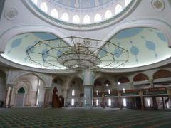 Inside Gokdepe mosque by <b>Atamurad Guchgeldi (nomadictours.com)</b> ( a Panoramio image )