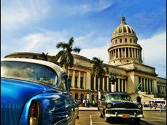 Capitolio - Habana - Cuba - Surrealismo tropical -  UNESCO World by <b>Stathis Chionidis</b> ( a Panoramio image )