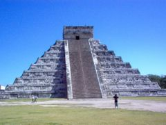 Mexico - Chichen Itza - happy they were wrong! - Jan 06 by <b>Filippo Aragone</b> ( a Panoramio image )
