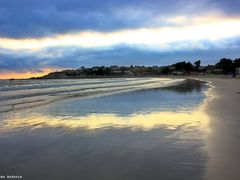 La playa al atardecer by <b>Andr?s Andonie</b> ( a Panoramio image )