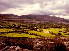 1980, Irlanda, Burren by <b>Giovanni Mirgovi</b> ( a Panoramio image )