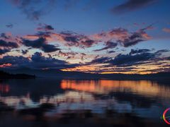 GLORIOUS END..LOKTAK by <b>Devendra_Hijam</b> ( a Panoramio image )
