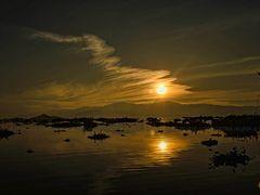 DROPPING SUN..KARAANG by <b>Devendra_Hijam</b> ( a Panoramio image )