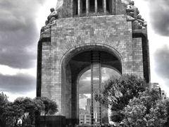 Monumento a la Revolucion Mexicana B/W by <b>~?slavva?~</b> ( a Panoramio image )