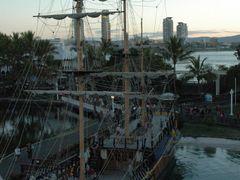 Piratenschiff in Seaworld-Goldcoast by <b>Walter.Maurer</b> ( a Panoramio image )