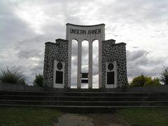 Monumento a los Colonos Llanquihue by <b>Christian Valenzuela Meinas</b> ( a Panoramio image )