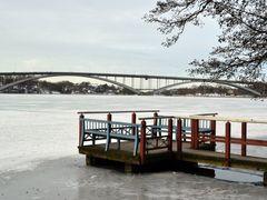 A view from Norr Malarstrand towards Vasterbron bridge (Kungshol by <b>RainoL</b> ( a Panoramio image )