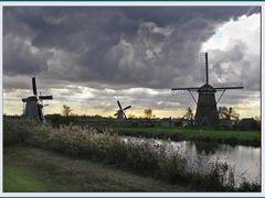 Those wonderful Windmills of Kinderdijk by <b>Celso Marino</b> ( a Panoramio image )