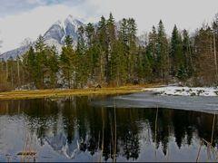 Kerns: Kernwald, Gerzensee/ An idyllic place to relax and rechar by <b>Ruedi ?(?o?)</b> ( a Panoramio image )