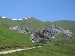 Road to Khaburabot pass by <b>Sergey Ilyukhin</b> ( a Panoramio image )