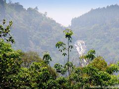 View of Ahupini Ella from Aranayaka town - Aranayaka. by <b>Sarath.Wijayathilaka</b> ( a Panoramio image )