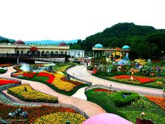 Everland @ afternoon  by <b>Tiffany Liem</b> ( a Panoramio image )