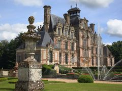 Chateau de Beaumesnil by <b>drku</b> ( a Panoramio image )