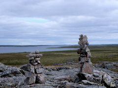 Thirty Mile Lake/Nunavut by <b>arctic-traveller</b> ( a Panoramio image )