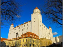 Bratislava, the Castle by <b>&ri.co</b> ( a Panoramio image )