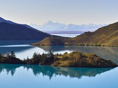 Gooseneck Island, Lake Benmore, Mt Cook by <b>PeterBray</b> ( a Panoramio image )