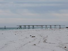 Eucla jetty 4 by <b>Geerten in Oz</b> ( a Panoramio image )
