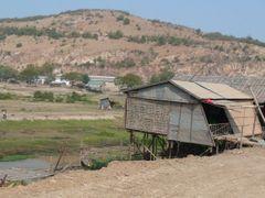 Phnom Krom - Cambodia by <b>Martin Jendrichowski</b> ( a Panoramio image )