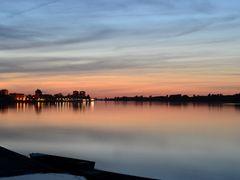 Vukovar and Danube at sunset by <b>vvidak11 - Vanja Vidakovic</b> ( a Panoramio image )
