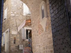 Herceg Novi - U Starom gradu by <b>sonjamar</b> ( a Panoramio image )
