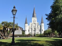 *St. Louis Cathedral* by <b>Henry Scoggin >Save Pano</b> ( a Panoramio image )