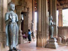 El mas antiguo Wat en Vientiane by <b>AnaMariaOss</b> ( a Panoramio image )