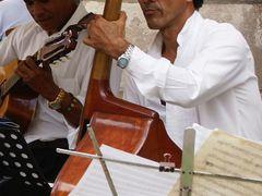"""«Musicos en el Restaurante """"El Patio""""» c/ Empedrado - La Habana  by <b>Miguel Veny</b> ( a Panoramio image )"""
