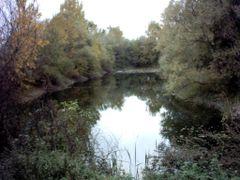 lac din zona3 by <b>Morar Gratian</b> ( a Panoramio image )