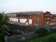 Demolition of RKG Pressings 18-05-2004 by <b>BrownhillsBob</b> ( a Panoramio image )