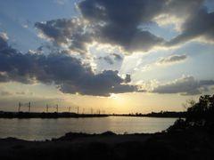 Au couchee du soleil by <b>msadek rached–msr@-?</b> ( a Panoramio image )