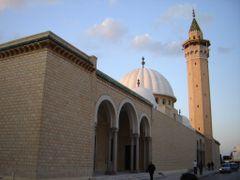 Mosquee de Monastir by <b>msadek rached–msr@-?</b> ( a Panoramio image )