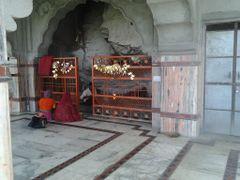 Chamunda Mata Temple by <b>jpsharma78</b> ( a Panoramio image )