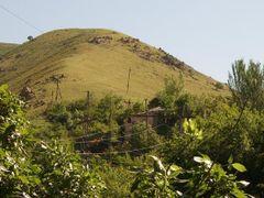 Дома тонут в листве фруктовых деревьев by <b>Esech</b> ( a Panoramio image )