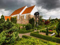 Skt. Olai kirke by <b>S?ren Terp</b> ( a Panoramio image )