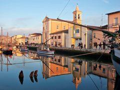 Portocanale di Cesenatico by <b>Vanni Lazzari - VL Estense</b> ( a Panoramio image )